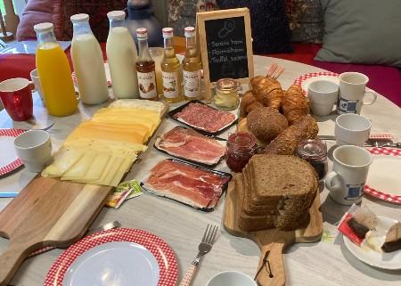 Lunch tijdens de workshop kaas maken